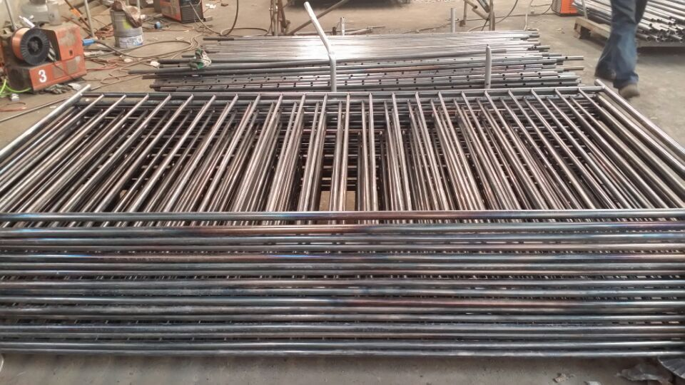 hot dipped galvanized swimming pool safety fence barriers Portable Removable Swimming Pool Safety Fence