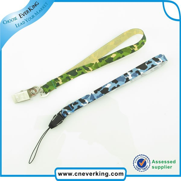 cell phone camouflage lanyard with metal hook