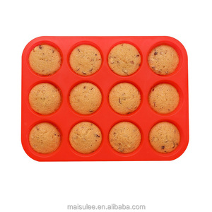 Hot sale 12 holds silicone round cake baking mold/silicone muffin pan/Silicone pastry bakeware