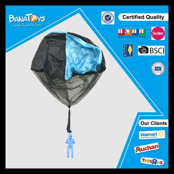 China kid sport toys with man 20 inches mini parachute throwing parachute