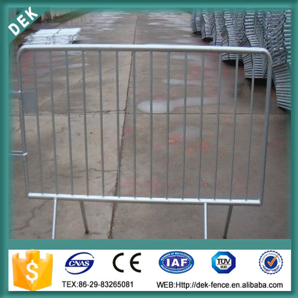 Movable traffic barrier / road barricades /crowded control barrier