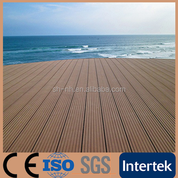 Anti-Slip Swimming Pool WPC Decking Outdoor Flooring
