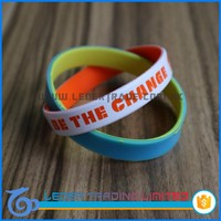 beautiful clear silicone wristband in solid color, hot sale silicon bracelet with diy logo