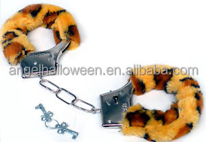 High quality handcuff with fashion design deluxe sex toy for adult SH2118