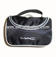 factory price men travel cosmetic bag with a handle, polyester toiletry bag