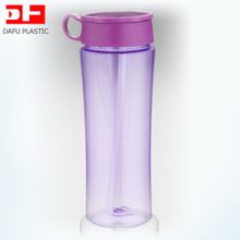 2017 New design bottle BPA Free 930ml Tritan plastic drinking bottle with straw