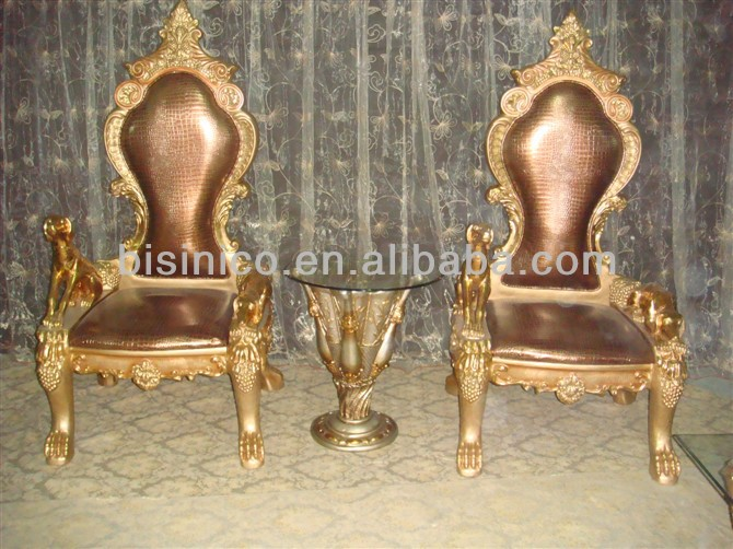 Latest design wooden chair in golden color with dog shape arms