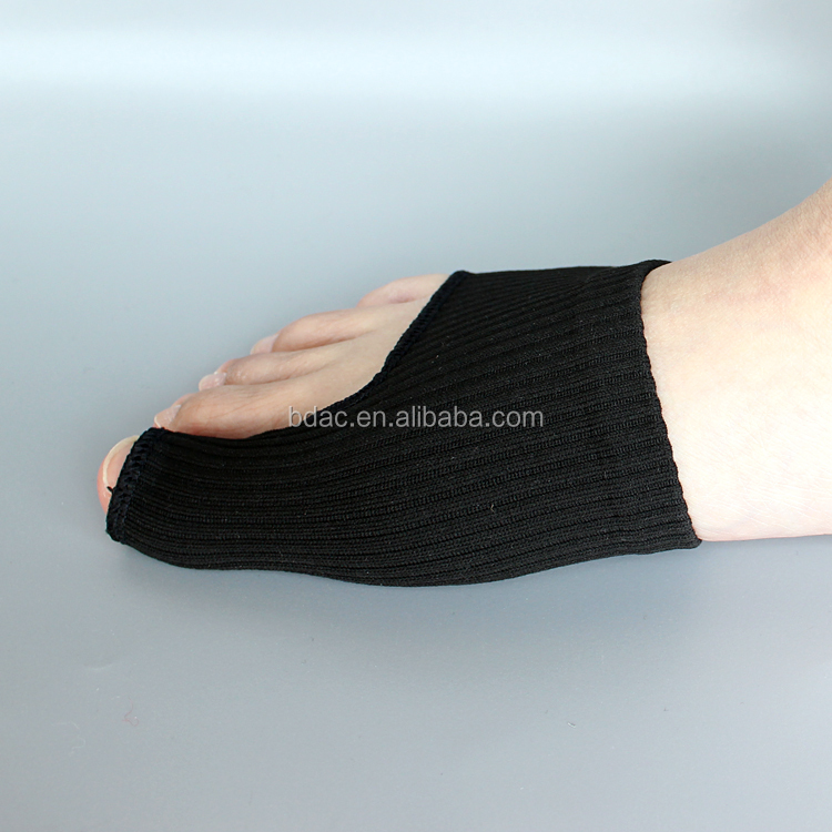 Factory direct sales Toe Separators Bunion Corrector hallux Valgus Bunion Pain Relief Sleeve for Big Toe Alignment