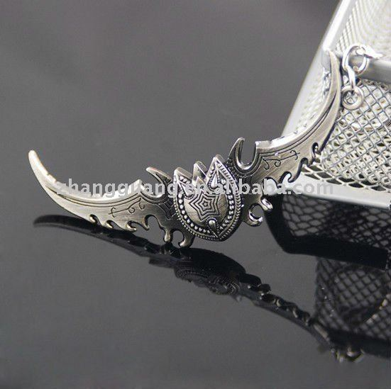Fashion antique design popular cheap sword key chain