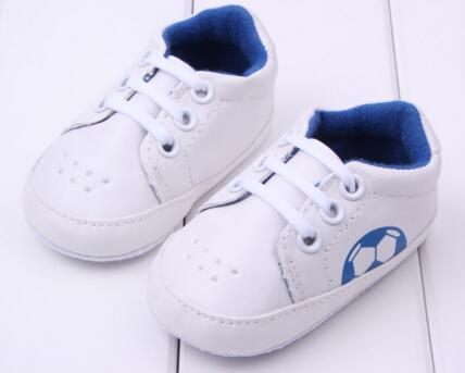 Comfortable, slippery and lovely baby shoes sneaker