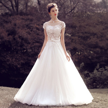 2018 China Factory Price Wholesale Simple Lace Appliqued Wedding Dresses With Keyhole Back