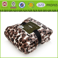 Luxurious gift packing polyester flannel blanket