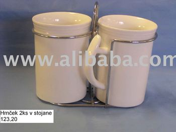coffee mugs in stand