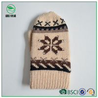 Christmas gift for friends jacquard winter gloves wholesale knit mittens