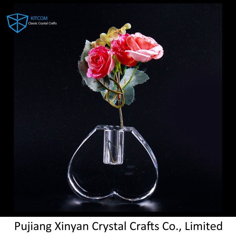 Newest sale attractive style cube crystal vase,home decoration vase