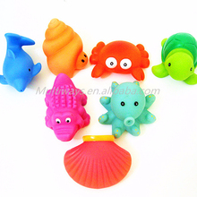 En-71 Custom made animal baby toy Multi-color squeeable vinyl bath time toy