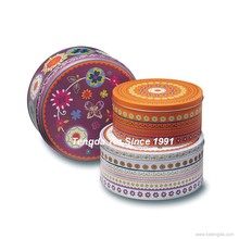 Decorative Valentine's Day gift round biscuit/cake nesting metal tin box with paper insert