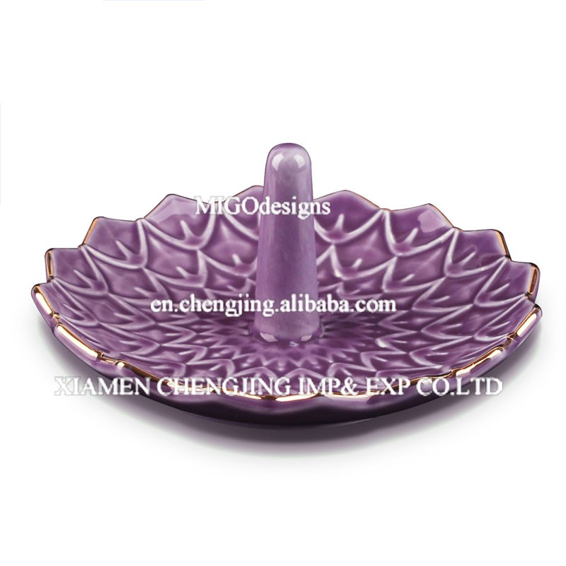 Gift Ring Holder Popular for the Market Ceramic Jewelry Display After Christmas - MG10160152