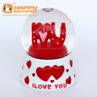 OEM factory supply high quality valentine's day snow globe