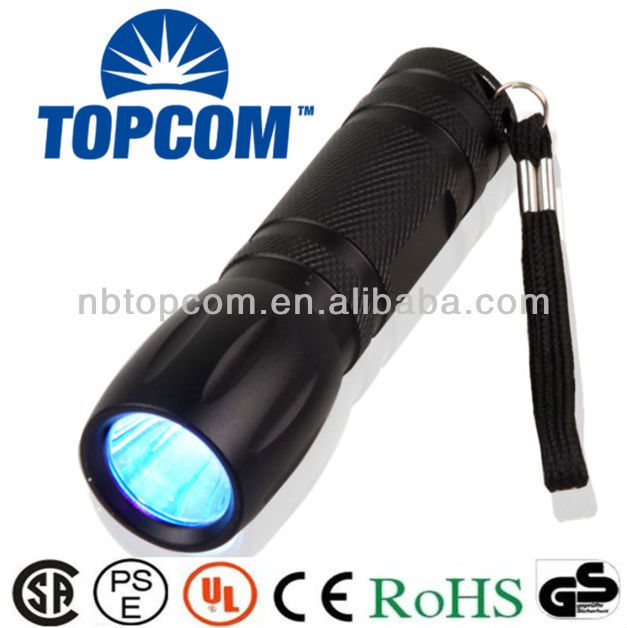 Cree long distance 3w rechargeable uv led flashlight