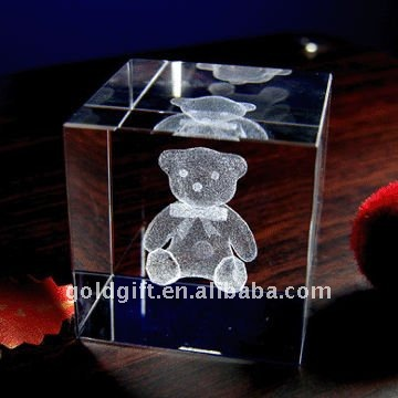 3d laser crystal bear