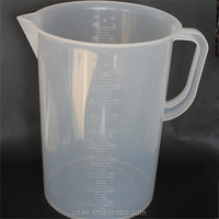 New products 5L plastic measuring cup with comfortable handle