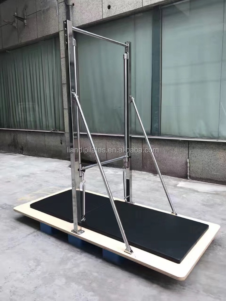 Fundamental equipments in Pilates studios Pialtes Guillotine tower