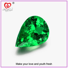 Facet Cutting Concave Cutting Trillion Cubic Zirconia Gemstone Pear Shaped Green Cubic Zirconia Emerald Cubic Zirconia