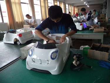 Assembling 2 (Electric Toy Car)