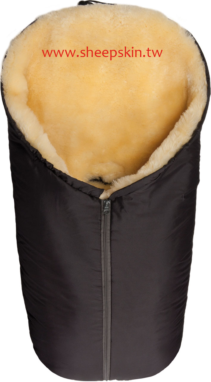 Sheepskin baby footmuffs