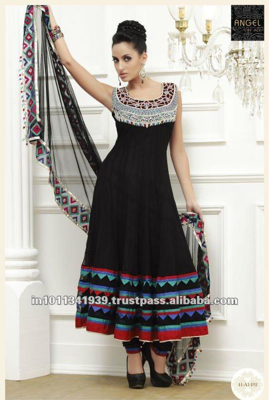 Heavy salwar kameez with heavy dupatta