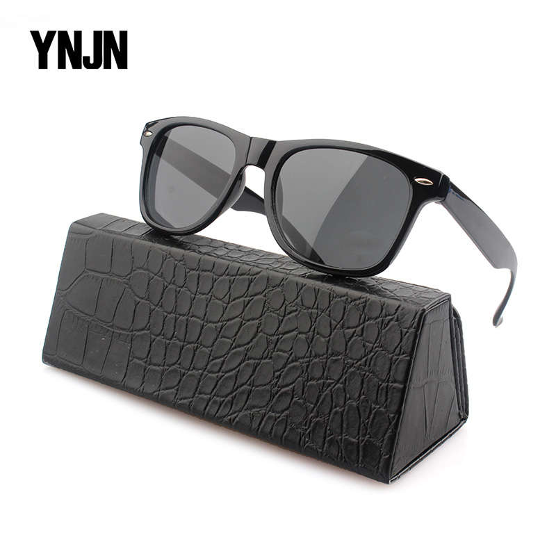 Fashionable Sunglasses with Custom Printing on Sides OEM Lens Black Frame