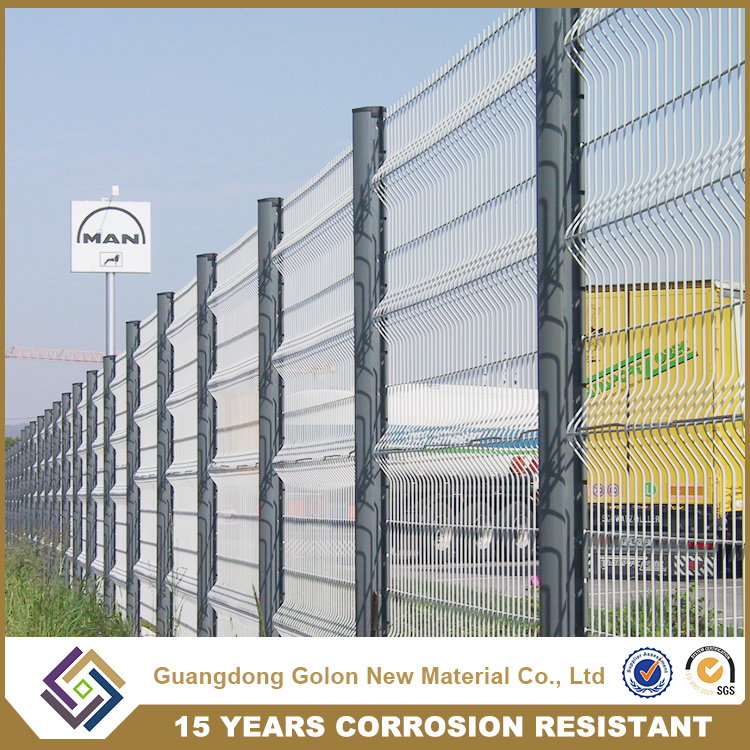 Lowest Price Galvanized metal Welded Wire Mesh Fence Panel (manufacturer), basketball court fence