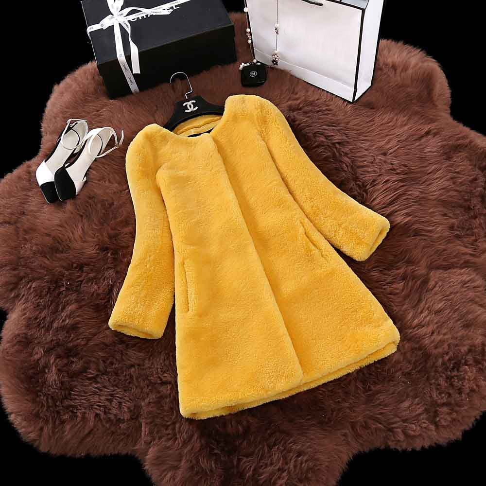 Women's clothing fashion pale yellow merino wool genuine sheep shearling fur coat