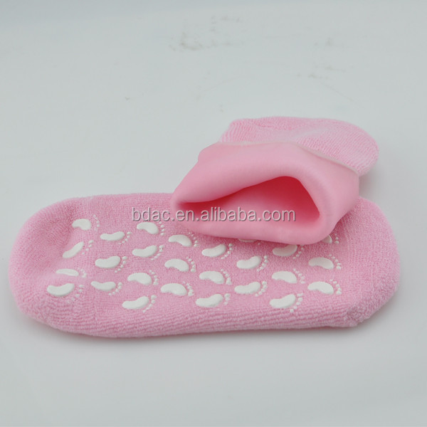 wholesale medicated foot care spa moisture mask plantar fasciitis anti slip cooling silicon gel socks