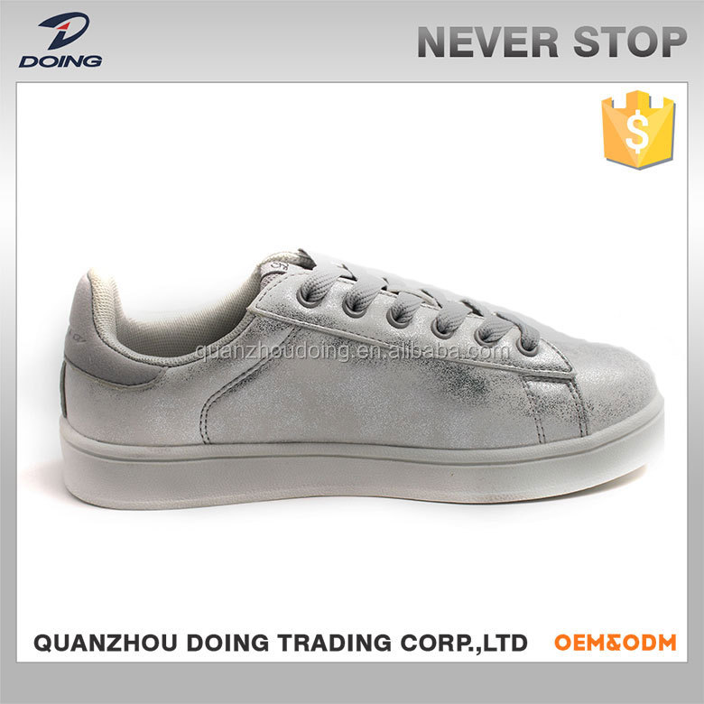OEM service high quality customized color mid cut sneakers