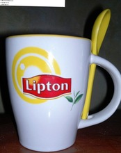 new style lipton ceramic coffee mugs with spoon and handle