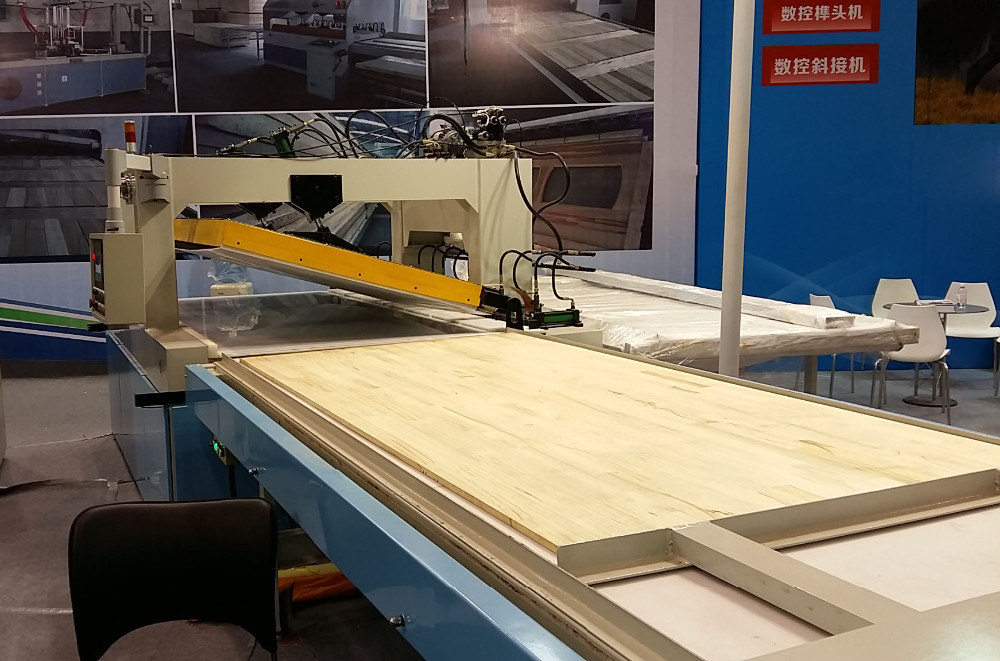 High frequency bending wood puzzle multi-functional machine