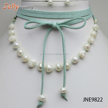 Sexy triple layer natural pearl velvet bow choker necklace with earrings