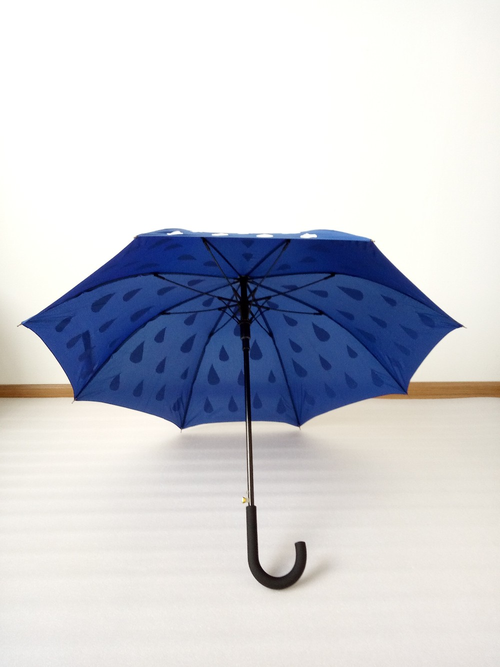 Color changing magic straight umbrella