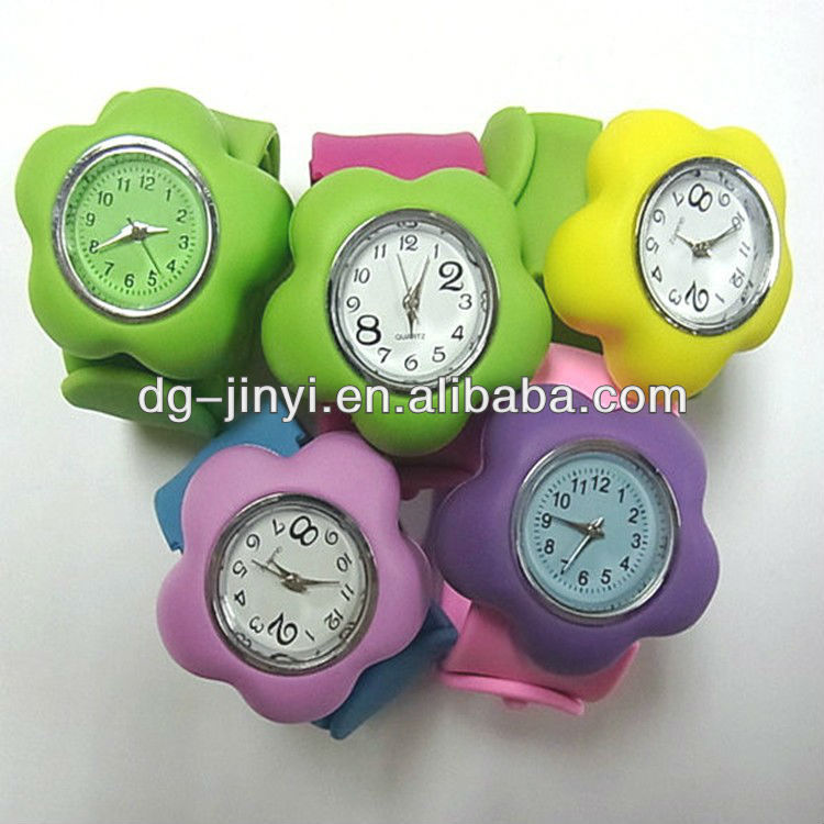 OEM high quality silicone slap watch for kids