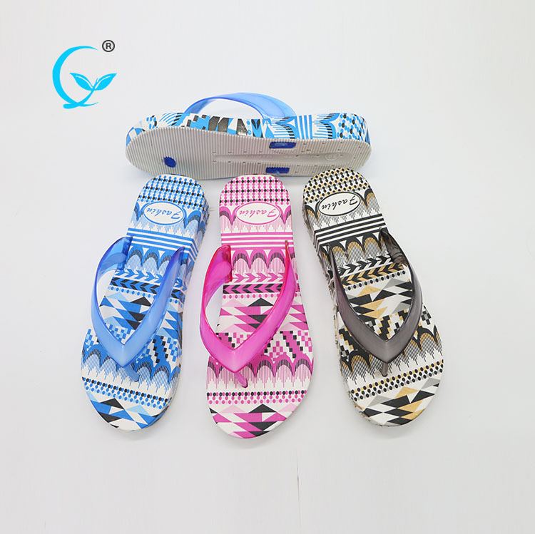 Pedicure slippers for wholesale old fashioned ladies flat chappal China