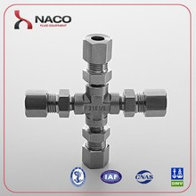 Stainless steel 4-way cross astral cpvc pipe & pipe fittings