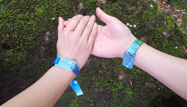 Festival events 13.56MHz MIFARE Plus 2K RFID NFC woven wristbands
