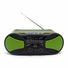 usb sd mp3 fm solar hand crank radio with flashlight and cell phone charger
