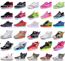 Hot sales LOW MOQ high quality original brand LED casual shoes