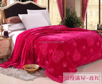 Adults Age Group and Queen Size Embroidered Quilting Blanket Hotel Material