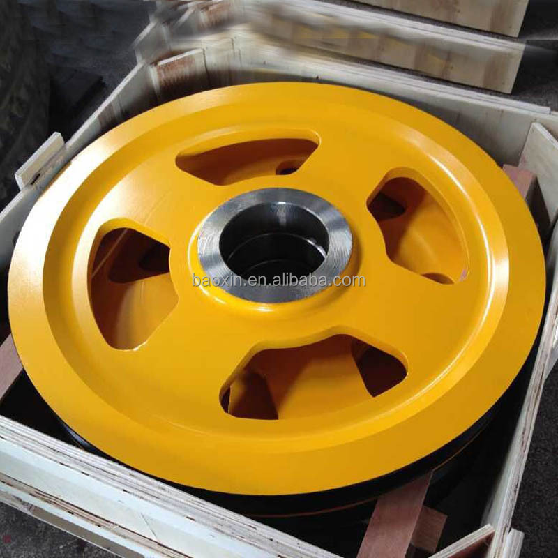 boat pulley of cargo crane