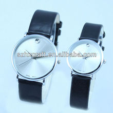 hot custom made round face watch for lovers