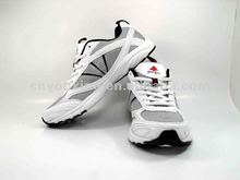 Man white running shoe /new design discount price shoe
